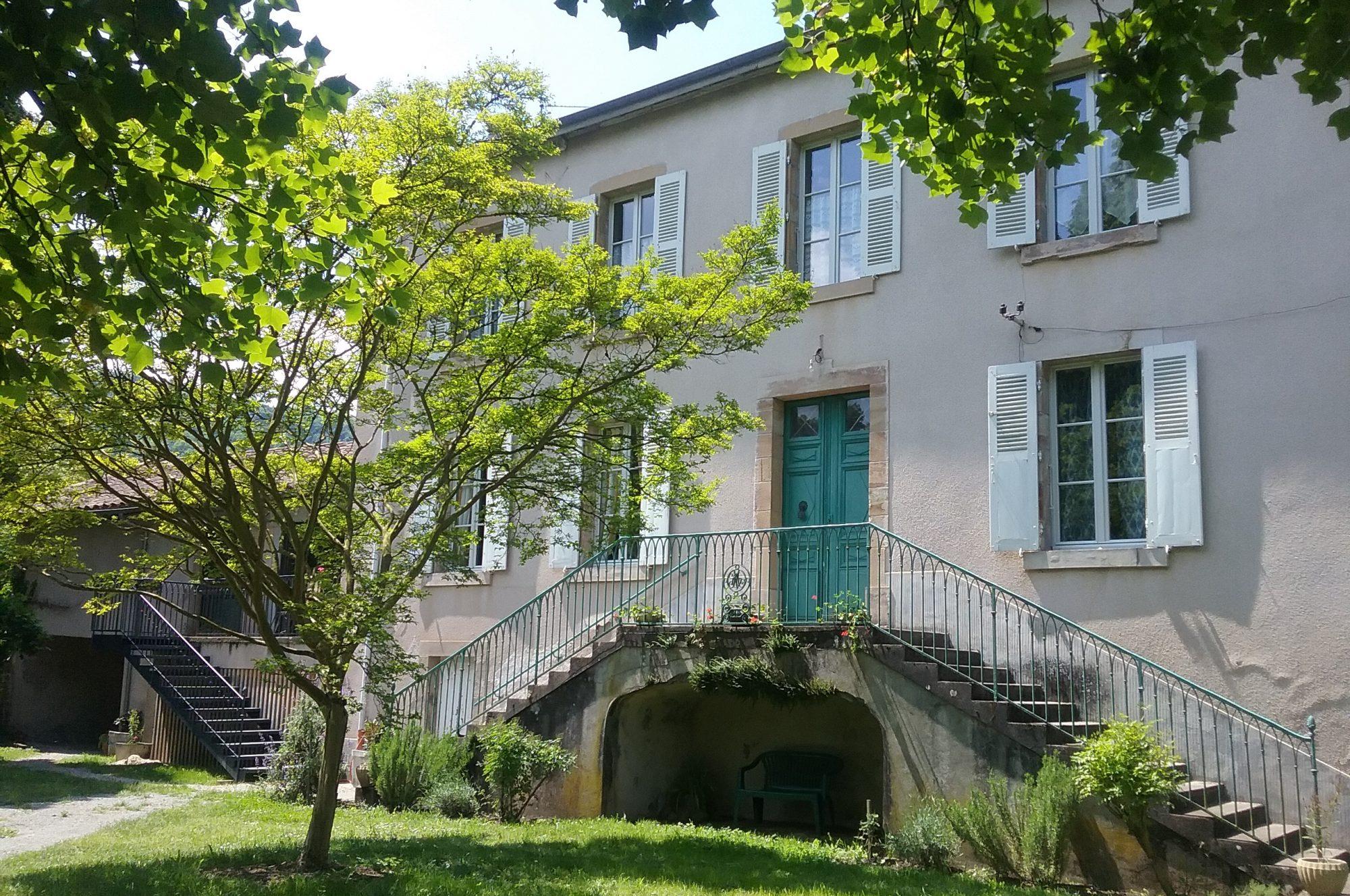 La fontaine du chemin : gîte d'étape - hébergement Livinhac