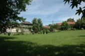 Jardin : Vue sur le clocher de Livinhac-le-Haut