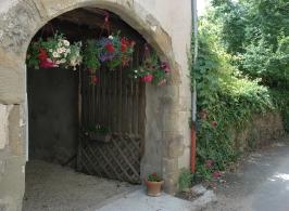 Porche d'entrée sur le chemin de Compostelle